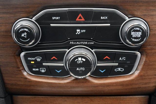 2016 Chrysler 300 300C Platinum Waterbury, Connecticut 31