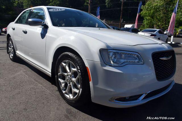 2016 Chrysler 300 300C Platinum Waterbury, Connecticut 7