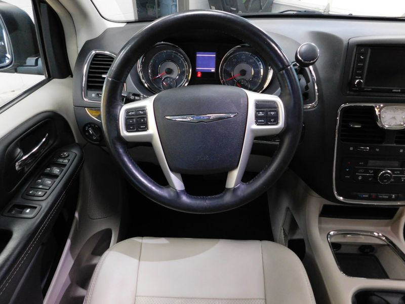 2016 Chrysler Town  Country Touring-L Anniversary Edition  city TN  Doug Justus Auto Center Inc  in Airport Motor Mile ( Metro Knoxville ), TN