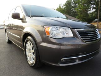 2016 Chrysler Town & Country Touring Batesville, Mississippi 8