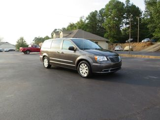 2016 Chrysler Town & Country Touring Batesville, Mississippi 3