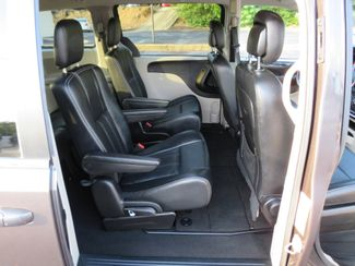 2016 Chrysler Town & Country Touring Batesville, Mississippi 35