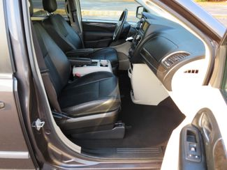 2016 Chrysler Town & Country Touring Batesville, Mississippi 39
