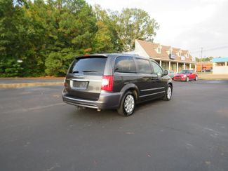 2016 Chrysler Town & Country Touring Batesville, Mississippi 7