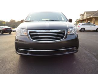 2016 Chrysler Town & Country Touring Batesville, Mississippi 10