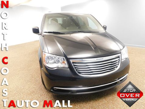 2016 Chrysler Town & Country Touring in Bedford, Ohio