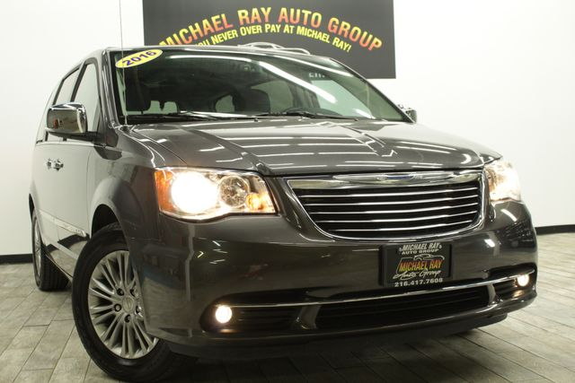 2016 Chrysler Town & Country Touring-L Anniversary Edition in Bedford, OH 44146