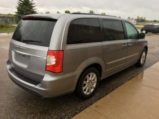2016 Chrysler Town & Country Touring Farmington, MN 1