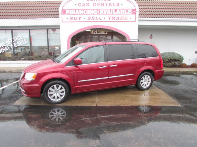 2016 Chrysler Town & Country *SOLD *SOLD