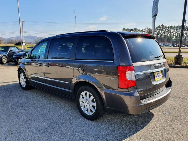 2016 Chrysler Town & Country Touring w/Leather/DVD in Louisville, TN 37777