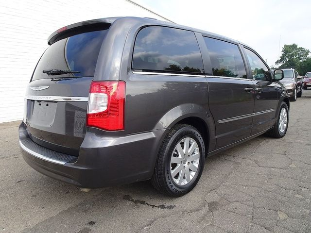 2016 Chrysler Town & Country Touring Madison, NC 2