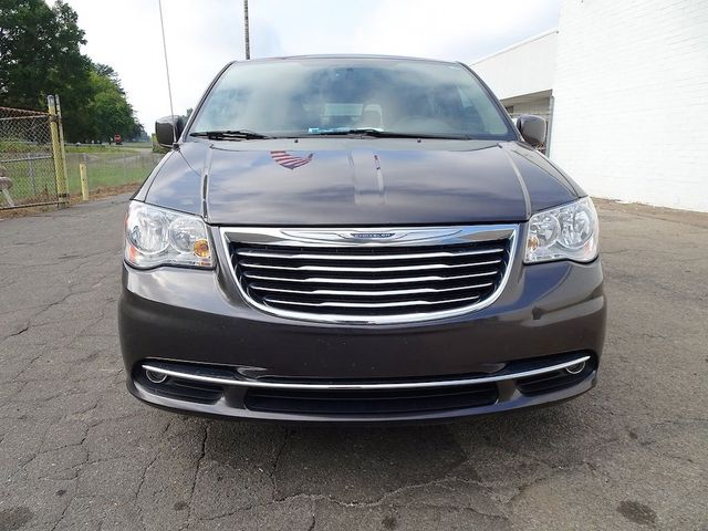 2016 Chrysler Town & Country Touring Madison, NC 7