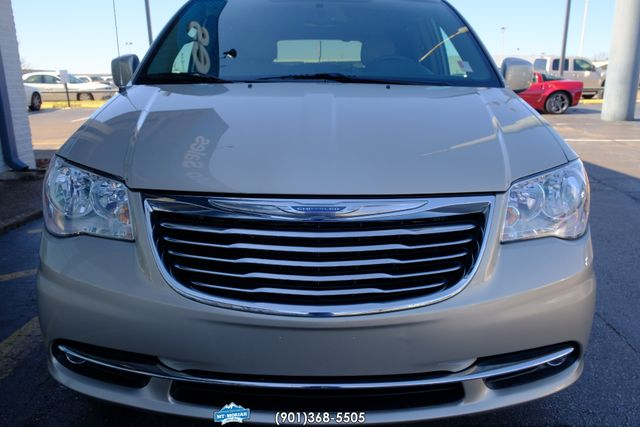 2016 Chrysler Town & Country Touring in Memphis, Tennessee 38115