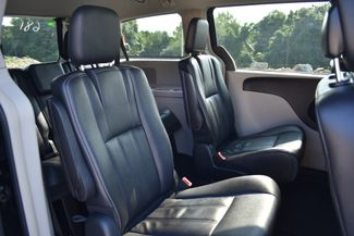 2016 Chrysler Town & Country Touring Naugatuck, Connecticut 12