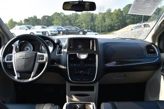 2016 Chrysler Town & Country Touring Naugatuck, Connecticut 15