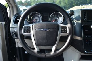 2016 Chrysler Town & Country Touring Naugatuck, Connecticut 21