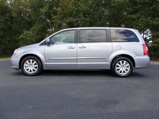 2016 Chrysler Town & Country Touring Shelbyville, TN 1