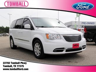 2016 Chrysler Town & Country Touring in Tomball, TX 77375