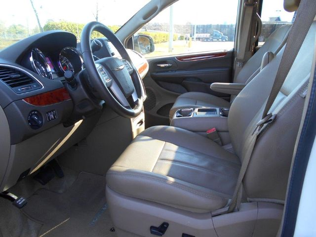 2016 Chrysler Town & Country Touring Wheelchair Van Pinellas Park, Florida 8