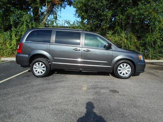 2016 Chrysler Town & Country Touring Wheelchair Van Handicap Ramp Van Pinellas Park, Florida 1