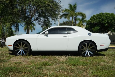 2016 Dodge Challenger SXT in Lighthouse Point, FL