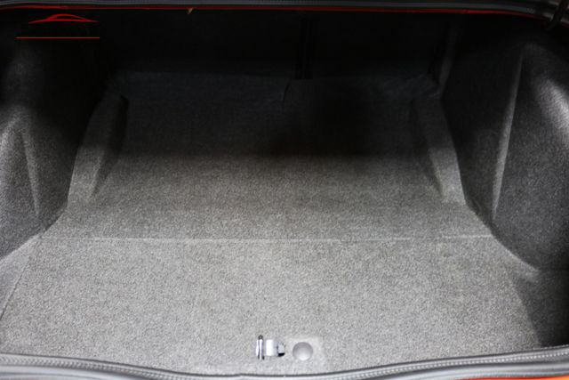2016 Dodge Challenger SXT Plus Merrillville, Indiana 25