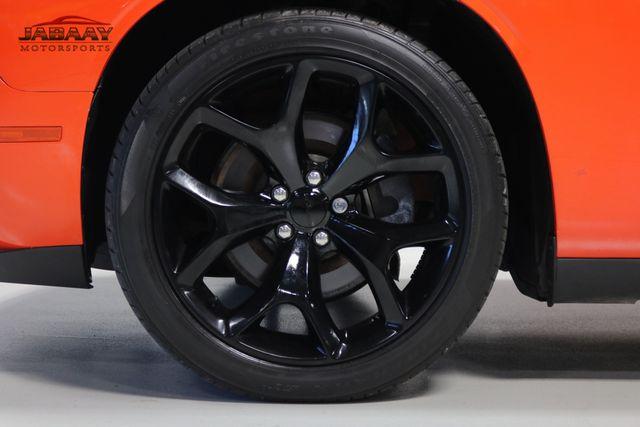2016 Dodge Challenger SXT Plus Merrillville, Indiana 41
