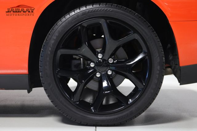 2016 Dodge Challenger SXT Plus Merrillville, Indiana 42