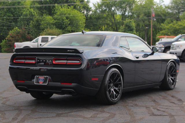 2016 Dodge Challenger SRT Hellcat NAVIGATION - 199 MPH TOP SPEED! Mooresville , NC 25