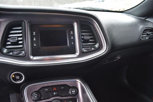 2016 Dodge Challenger SXT Naugatuck, Connecticut 16