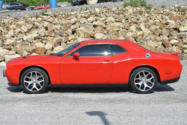 2016 Dodge Challenger SXT Plus Naugatuck, Connecticut 1