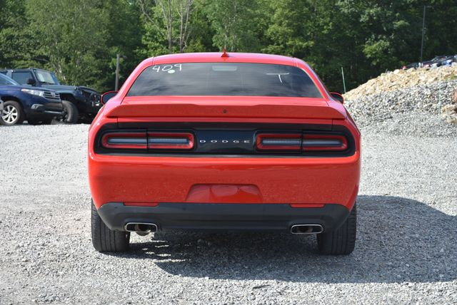 2016 Dodge Challenger SXT Plus Naugatuck, Connecticut 3
