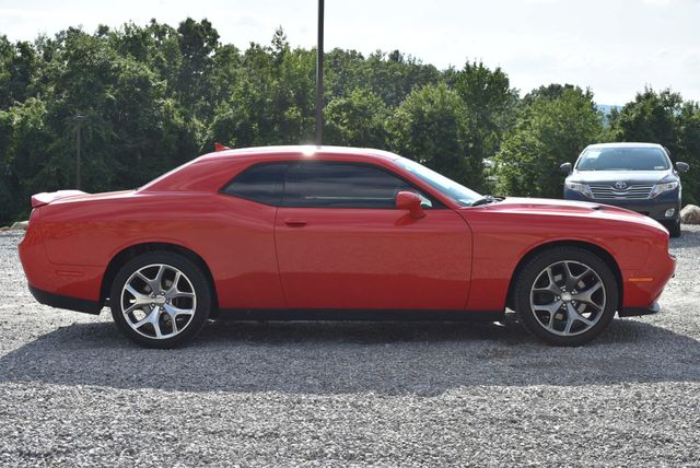 2016 Dodge Challenger SXT Plus Naugatuck, Connecticut 5