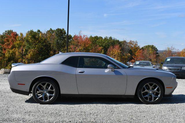 2016 Dodge Challenger SXT Plus Naugatuck, Connecticut 5