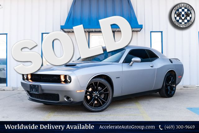 2016 Dodge Challenger R/T HEMI V8 CLEAN CARFAX AUTO TRANSMISSION NICE! in Rowlett