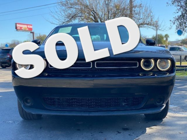 2016 Dodge Challenger SXT in San Antonio, TX 78233