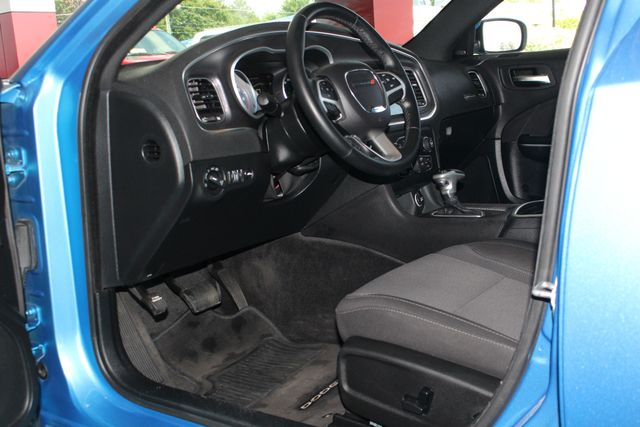 2016 Dodge Charger R/T RWD - NAVIGATION - SUNROOF! Mooresville , NC 29