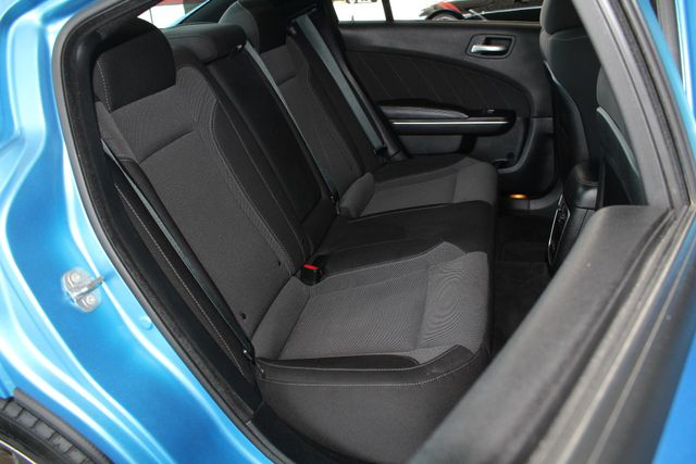 2016 Dodge Charger R/T RWD - NAVIGATION - SUNROOF! Mooresville , NC 13