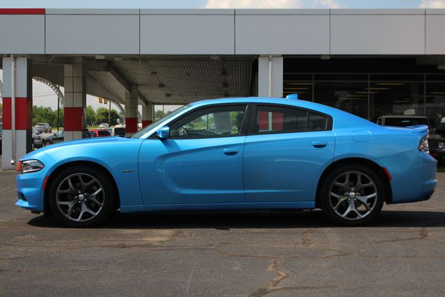2016 Dodge Charger R/T RWD - NAVIGATION - SUNROOF! Mooresville , NC 16