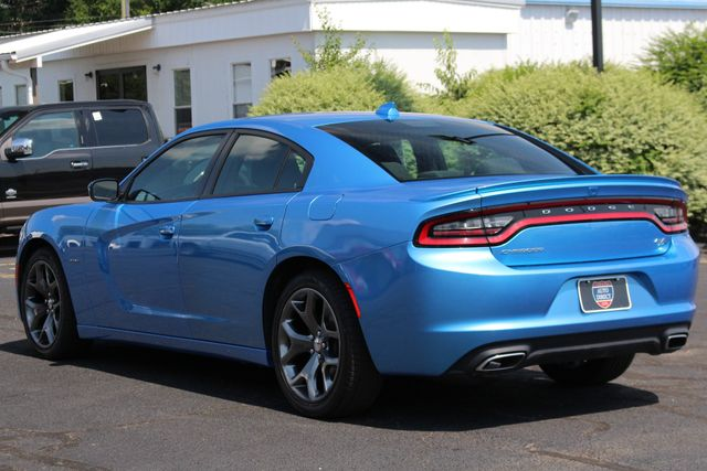 2016 Dodge Charger R/T RWD - NAVIGATION - SUNROOF! Mooresville , NC 25