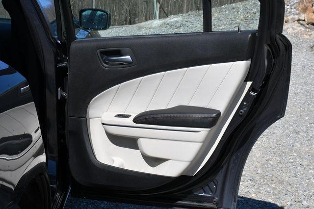 2016 Dodge Charger SXT AWD Naugatuck, Connecticut 12