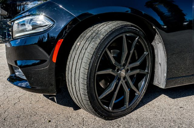 2016 Dodge Charger SXT Reseda, CA 11