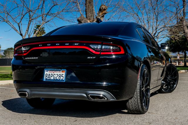 2016 Dodge Charger SXT Reseda, CA 9