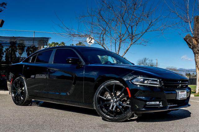 2016 Dodge Charger SXT Reseda, CA 4
