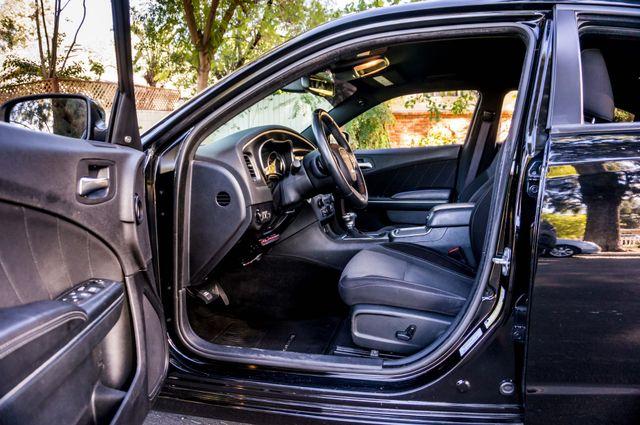 2016 Dodge Charger SXT Reseda, CA 12