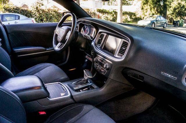 2016 Dodge Charger SXT Reseda, CA 38