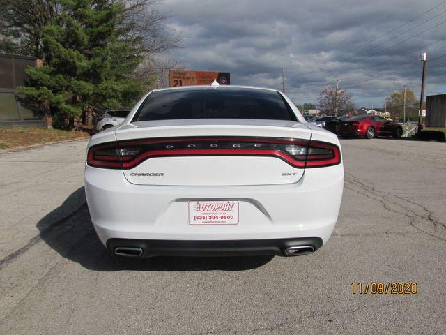 2016 Dodge Charger SXT St. Louis, Missouri 9