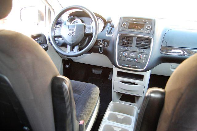 2016 Dodge Grand Caravan SE Charlotte, North Carolina 16