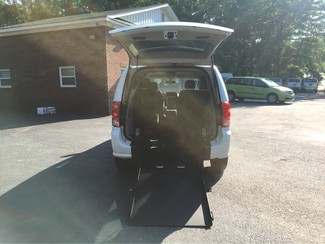 2016 Dodge Grand Caravan SXT handicap accessible wheelchair van Dallas, Georgia 1