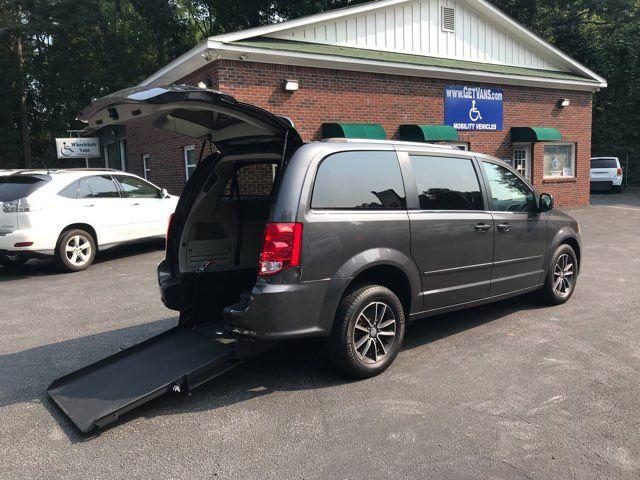 2016 Dodge Grand Caravan SXT Plus handicap wheelchair Dallas, Georgia 1